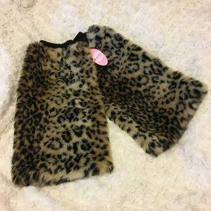 Anemone Accessories - Leopard Faux Fur Boot/Leg Warmers